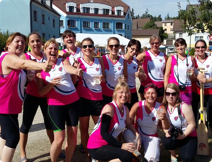 Vienna Pink Dragons Drachenbootsport für Brustkrebsbetroffene